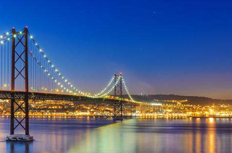 Viajar a Lisboa en Puente del Pilar y Santos (I)