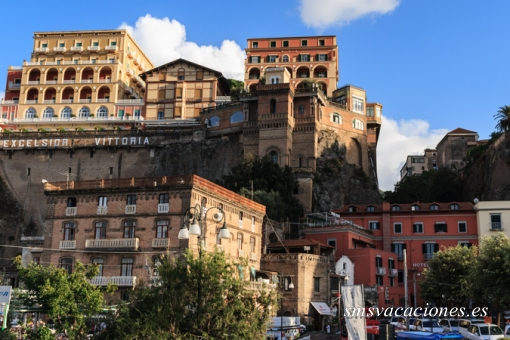 Circuito Bus Atenas, Roma y Sorrento