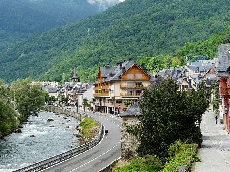 Río Garona a su paso por Bossòst. Valle de Arán. Imagen de Père Igor.