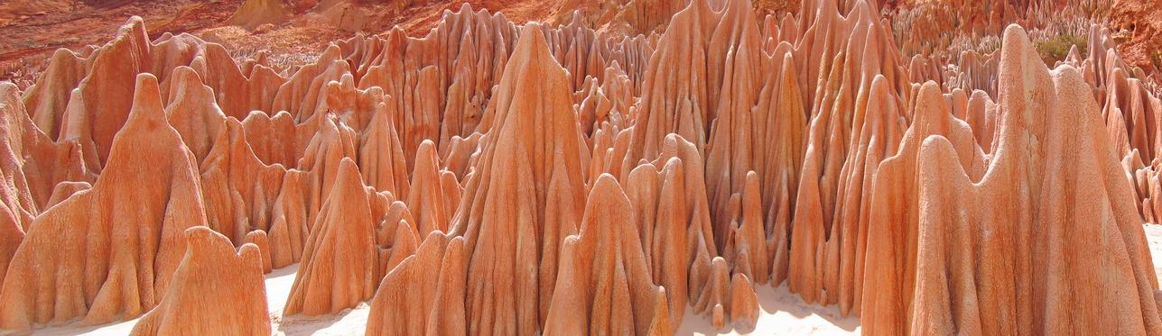 Peaks - Red Tsingy - Antsiranana and Diego Suarez - Madagascar - Panoramique
