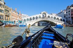 rialto bridge venecia