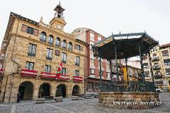 plaza ayuntamiento bermeo