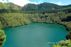 santiago lagoon sao miguel