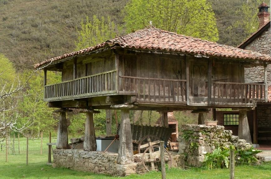 Circuito Bus Capitales del Reino de Asturias Semana Santa (II)