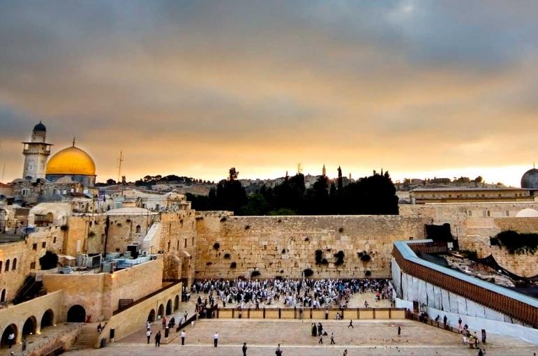 Circuito Bus Jerusalén Clásico, Jordania y el Cairo 12 días.