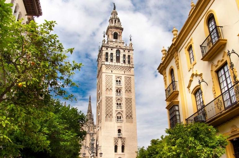 Circuito Bus Gran Tour de España y Portugal (Sin Alhambra)