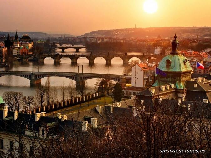San Petersburgo y Escandinavia Fin Praga