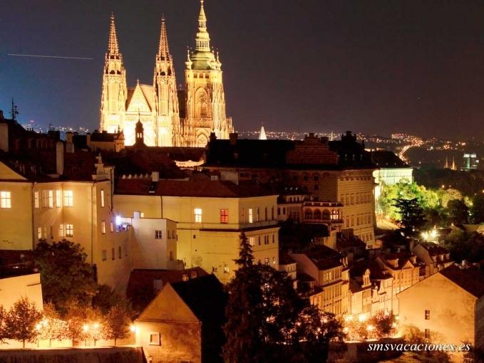 Circuito Tour Europeo con Berlín y Praga +i