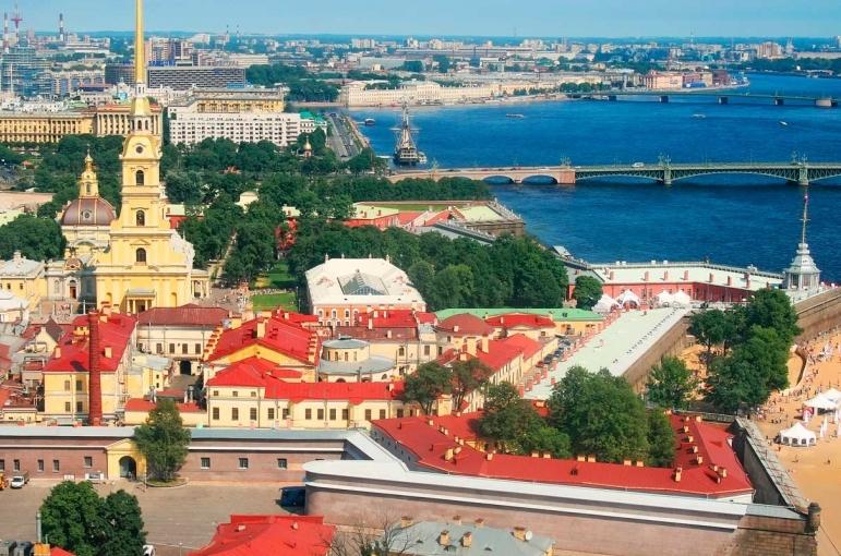 Circuito Helsinki, San Petersburgo y Moscu de 9 días.